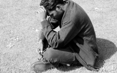 How to Overcome Our Struggles With Prayer