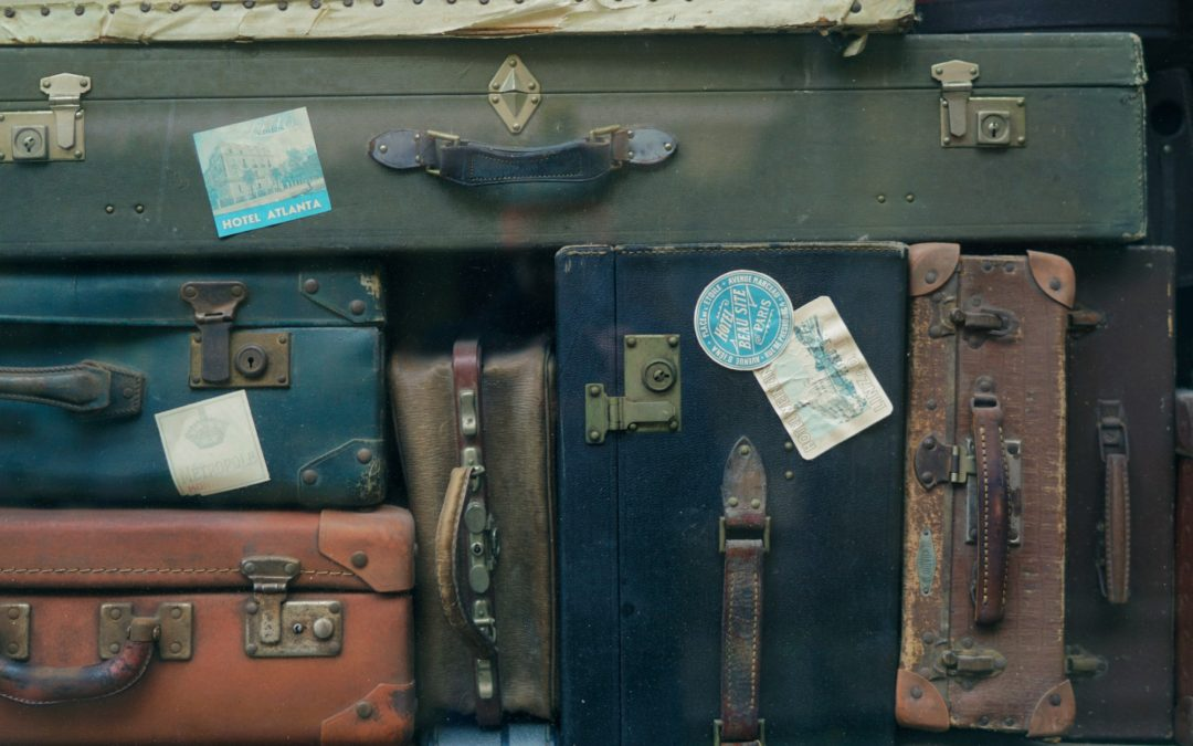9 Pieces of Baggage to Check at the Door, When You Begin a New Relationship