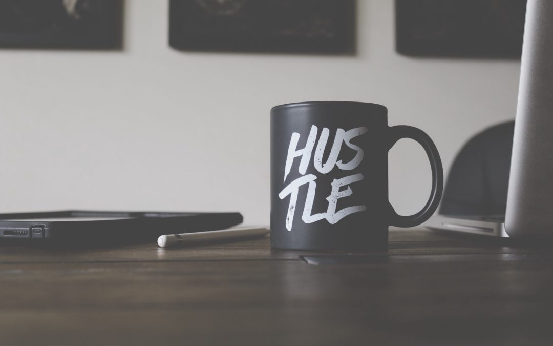 How to Start a Successful Side Hustle and Make $1000/mo or More